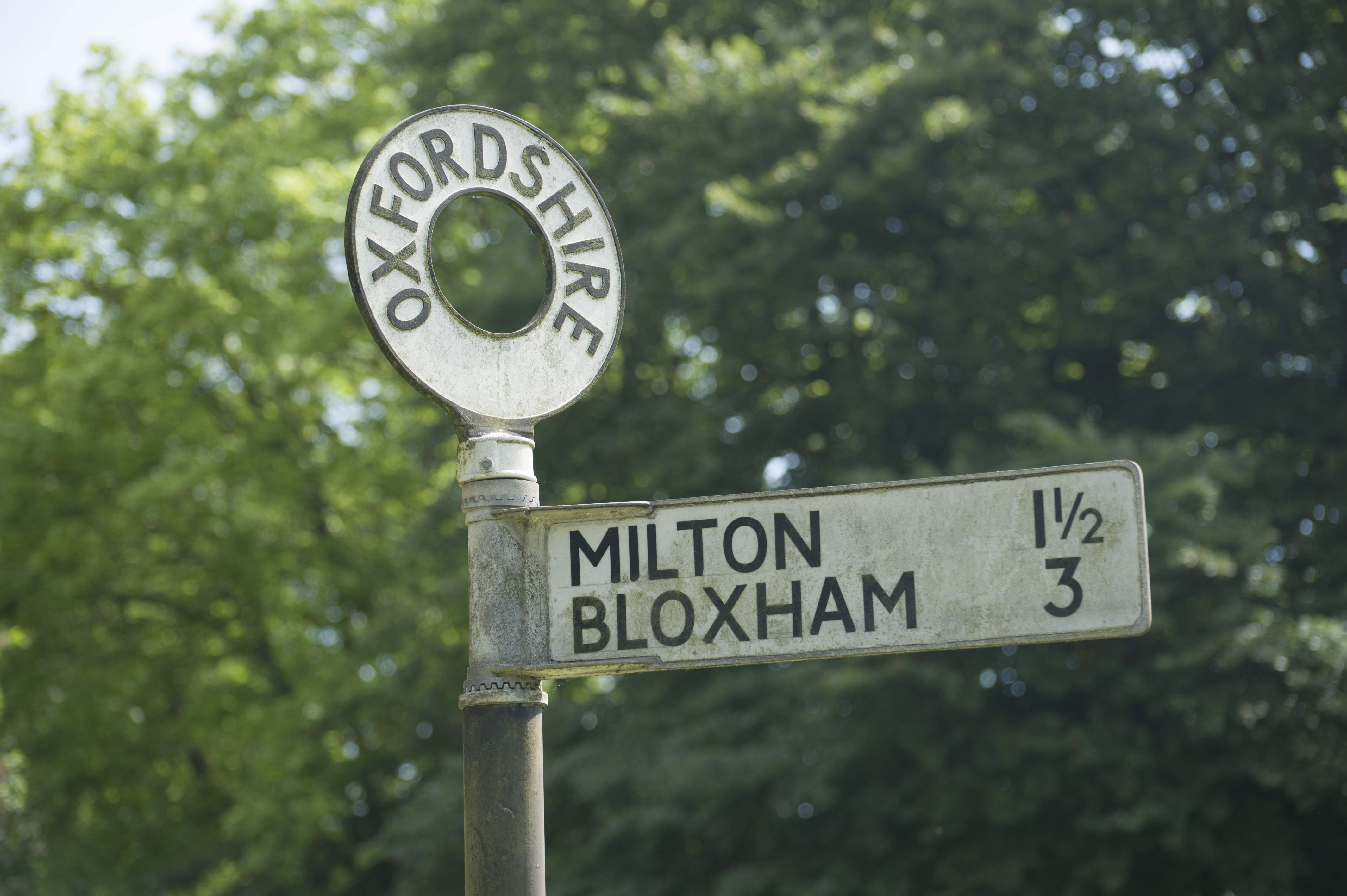 Signpost for Bloxham and Milton